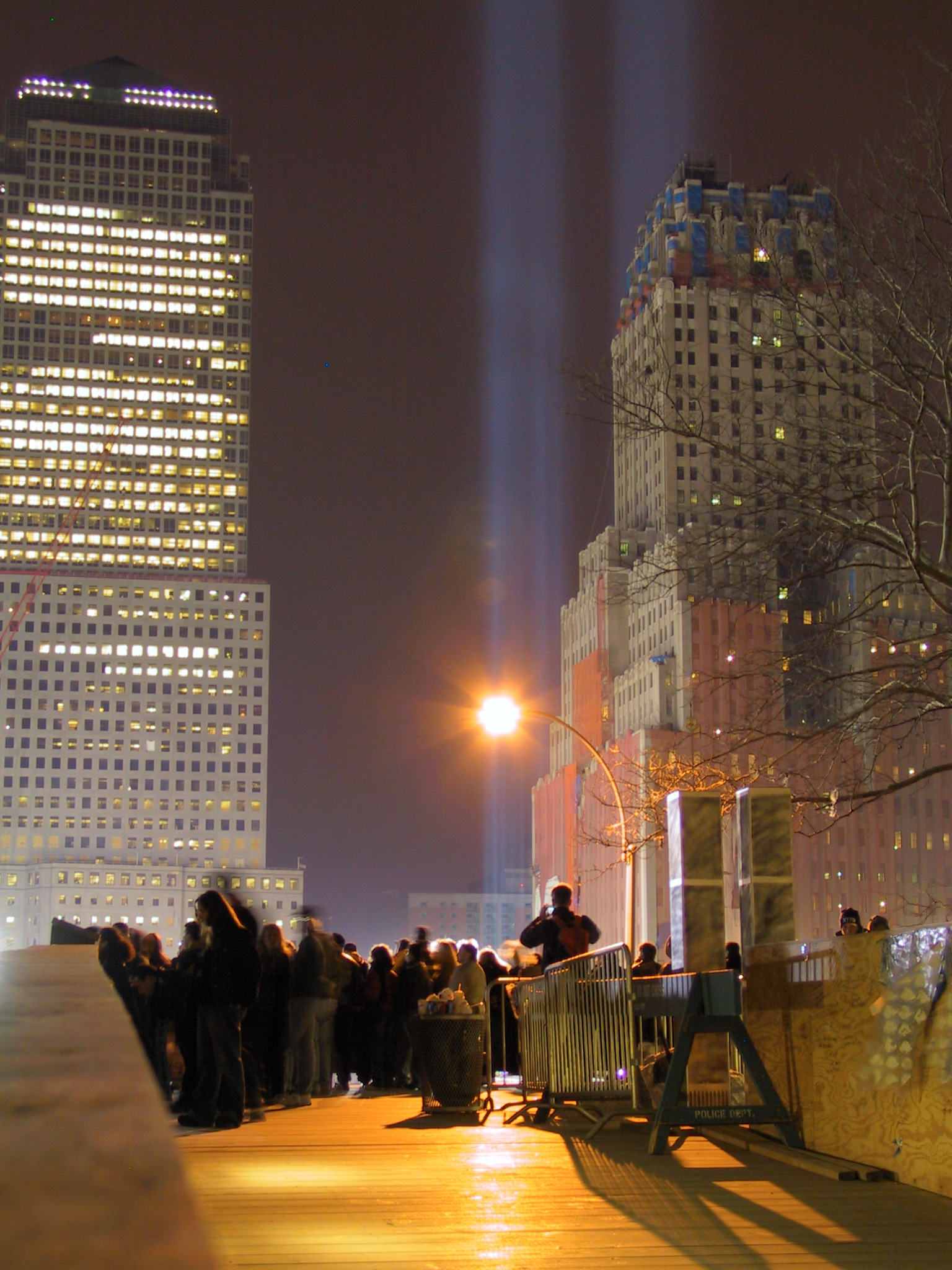 Viewing platform Ground Zero, memorial lights,
